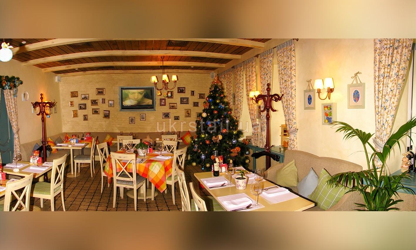 Интерьер ресторана Месье Оливье Киев 12