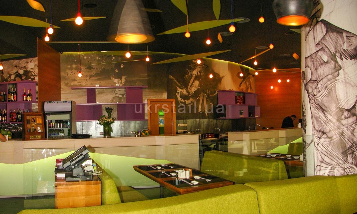 Полки и барные стойки ресторана Мураками на Большой Васильковской 05