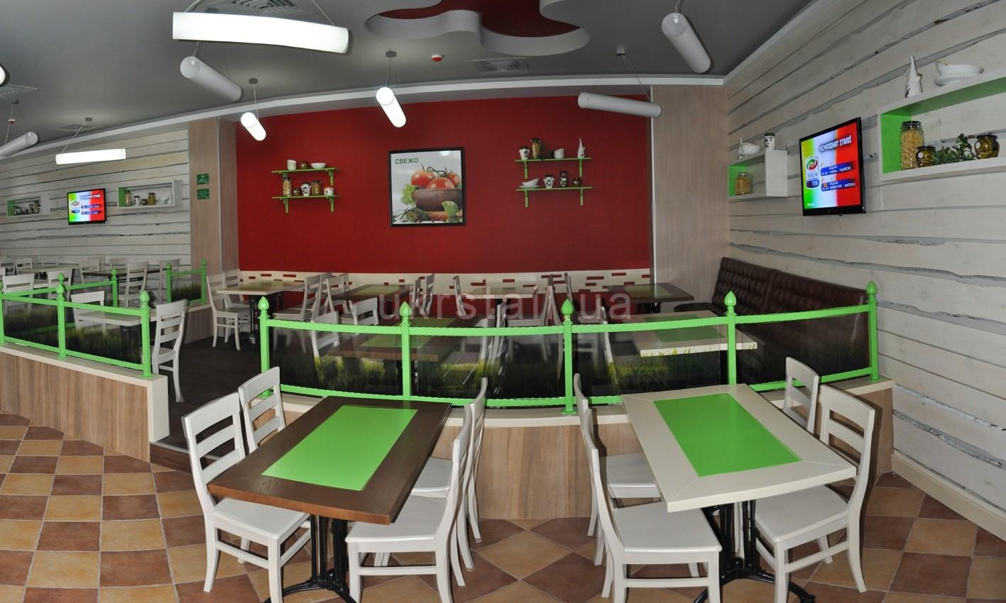 Столы и декоративные стеновые панели ресторана Оливье Киев 05