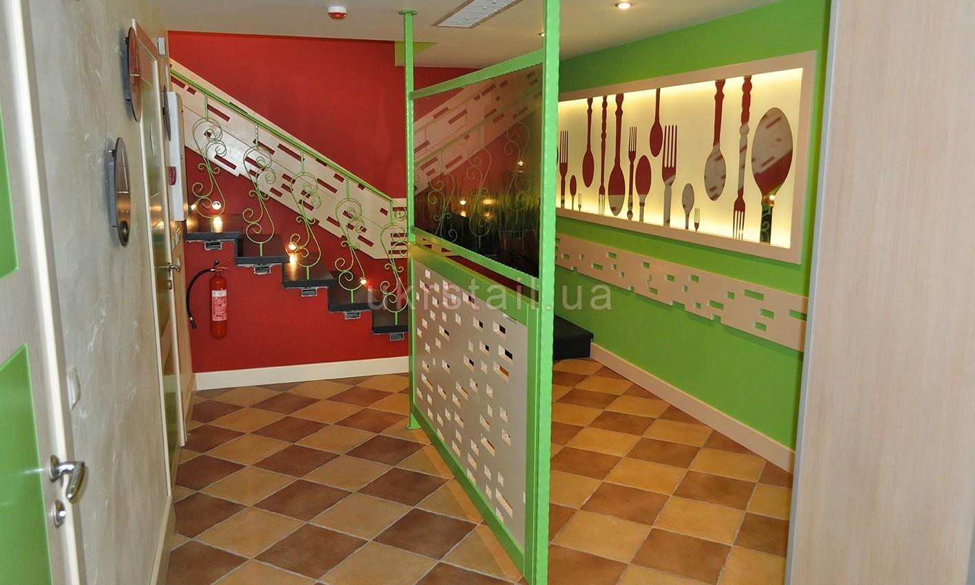 Декоративная стеновая панель ресторана Оливье Киев 11