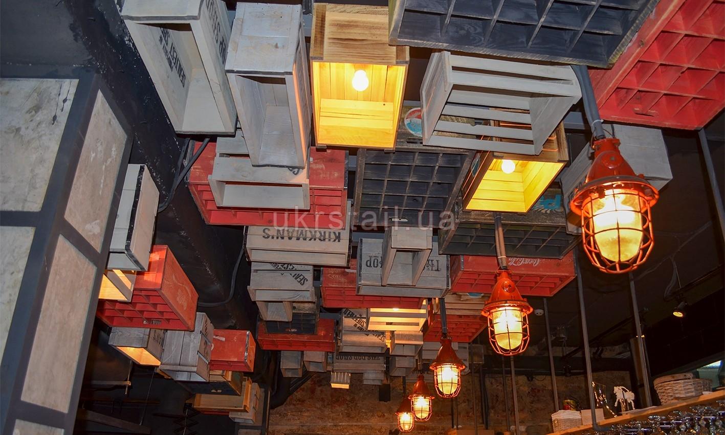 Декоративные ящики потолка кафе Жадный Лось Киев 06