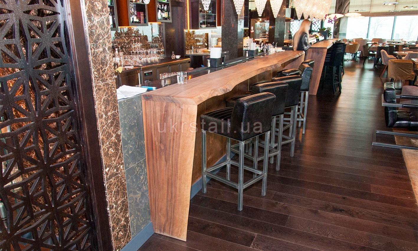 Барная стойка ресторана Guramma на Днепровском спуске 05
