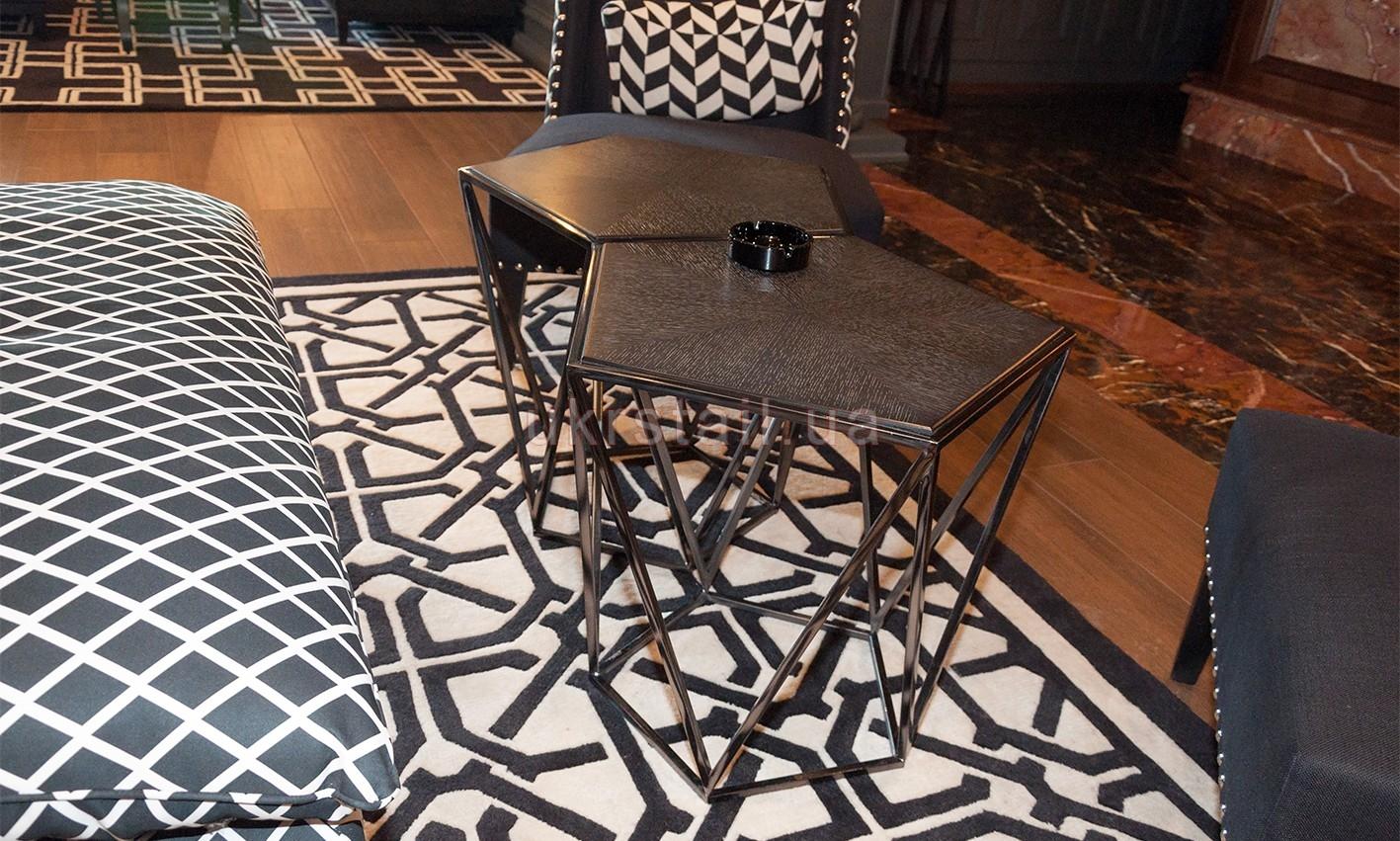 Столики Vogue Cafe Kiev в гостинице Fairmont 06
