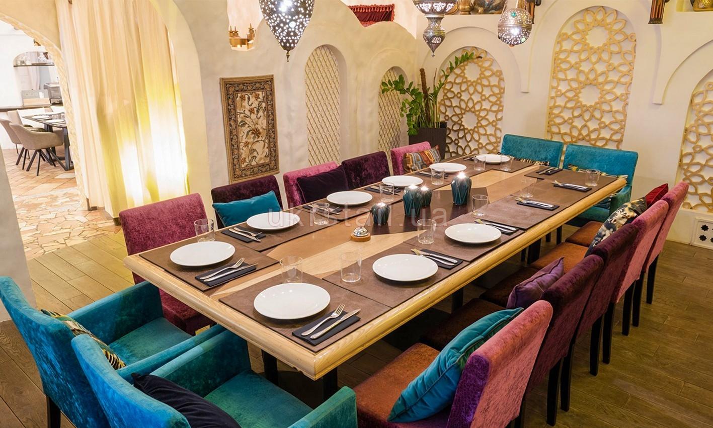Банкетный стол ресторана Karavan на Кловском спуске 08