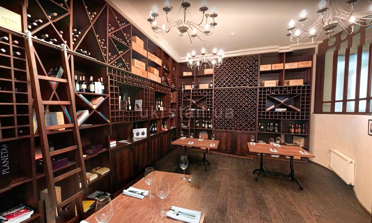 Винные стеллажи ресторана Vino e Cucina Киев 04